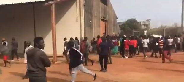 Plateau State Youths Discovered CA_COVID 19 Palliatives Warehouse Break-In