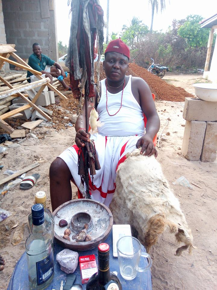 Popular Online Nigeria Native Doctor Cry's Out For Being Impersonated