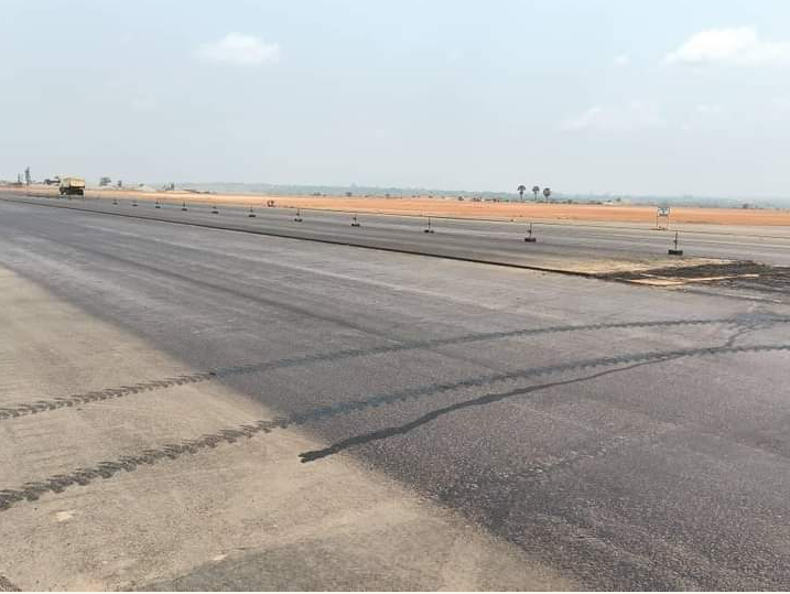 Apron and taxiway
