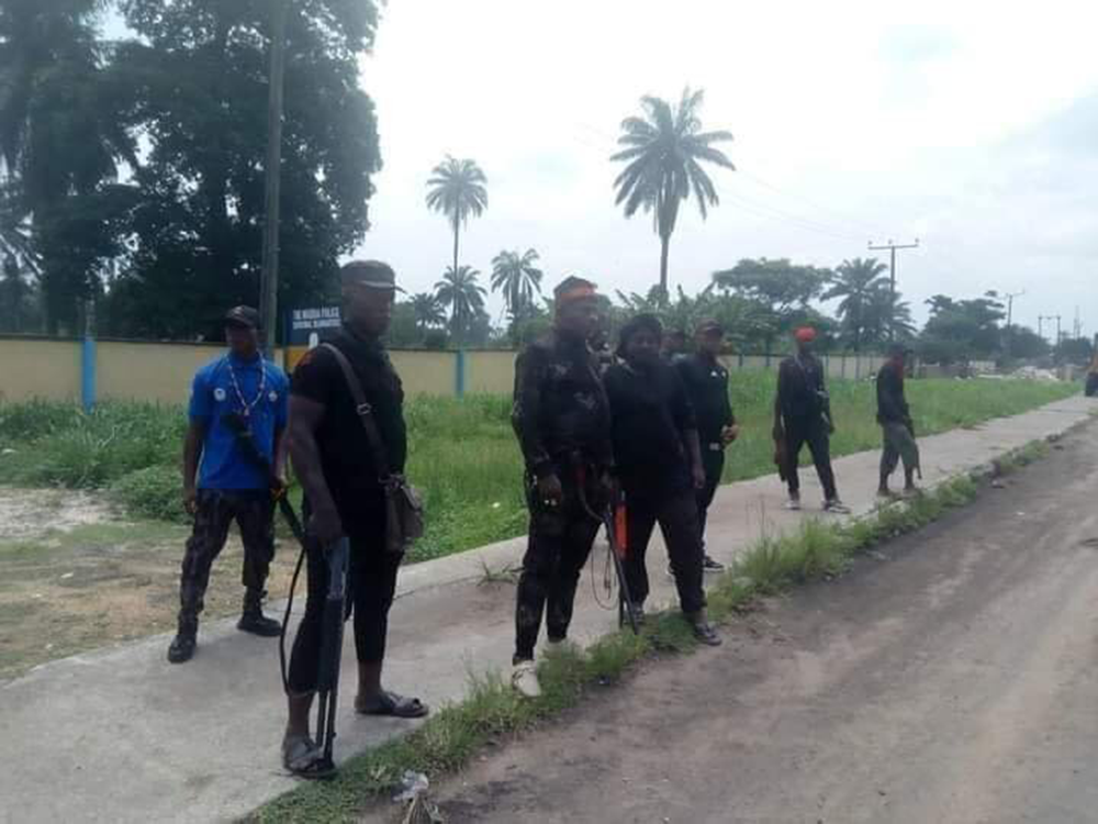 Vigilant-group-now-Guide-Police-Station-In-Nigeria-1