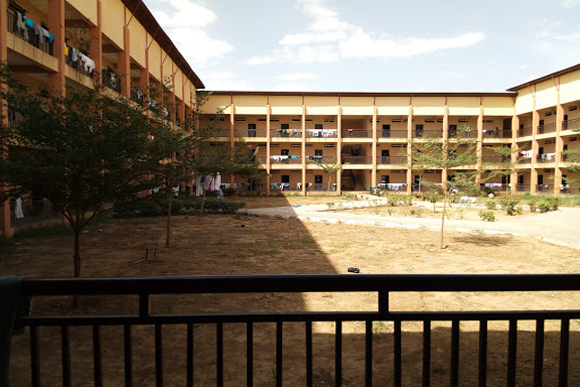 A final year student of Bayero University dies in the school hostel