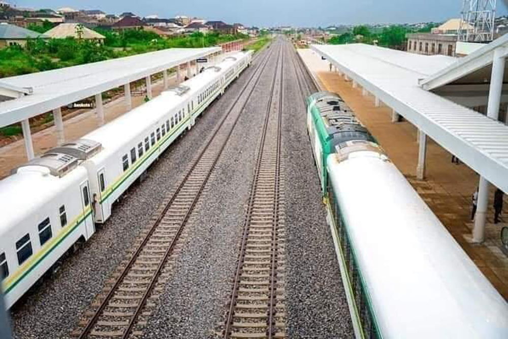 President-Buhari-commissioned-the-Lagos-Ibadan-rail-line-for-commercial-operation,-6